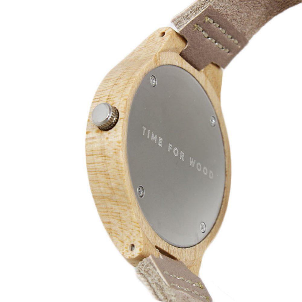 hout horloge vrouw