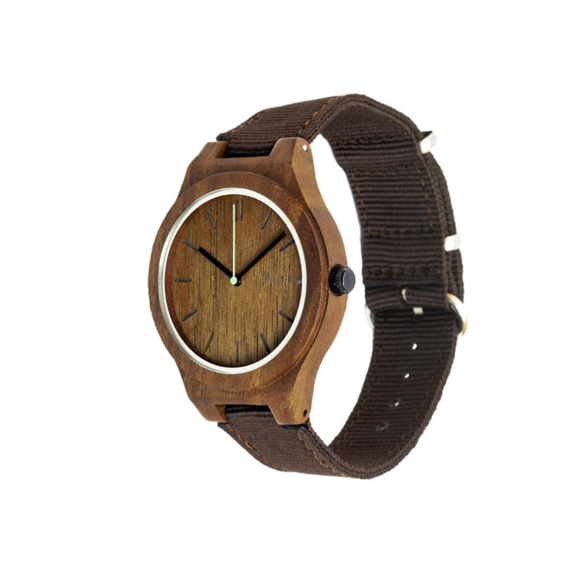 Walnoot horloge